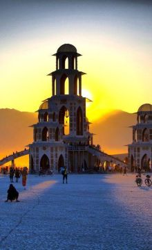 The Ultimate Guide to Burning Man 2017