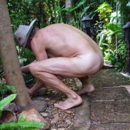 Naked in their own back yard... Neighbors called the Police and the Homeowner Won