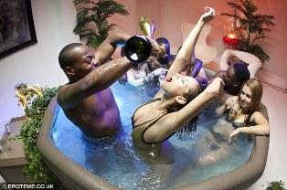swingers hot tub party